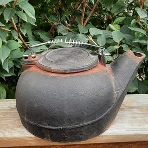 Vintage Cast Iron kettle Rusty and old